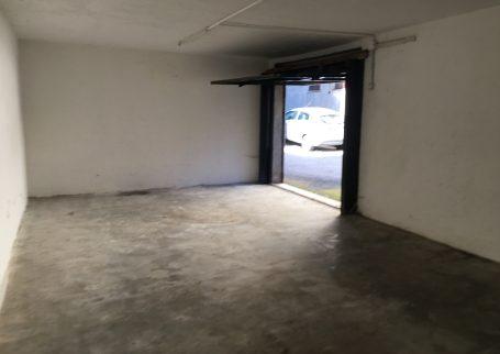 Olgiate Comasco affitto box doppio A210