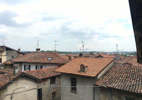 Albese Con Cassano affitto A278