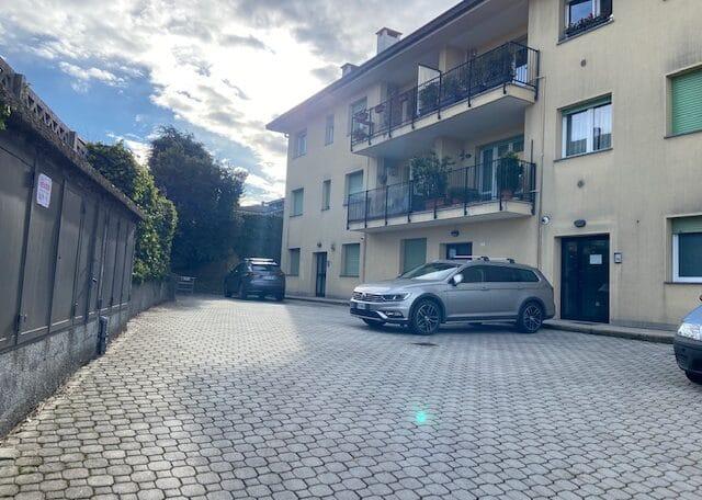 Casnate con Bernate trilocale vendita V81